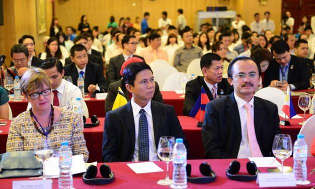 Doanh nhân trẻ ASEAN+3 hướng tới phát triển bền vững