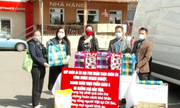 Cộng đồng người Việt tại Séc hỗ trợ các trường hợp khó khăn vì dịch Covid-19