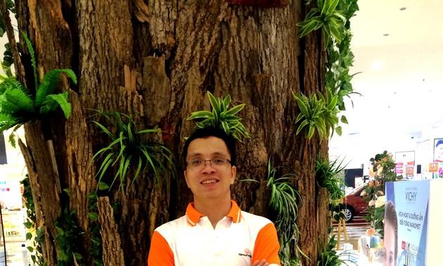 Tiệc hoa cùng Nguyễn Văn Học