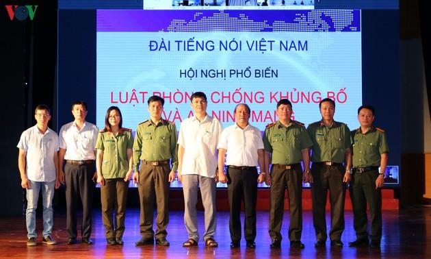 Đài Tiếng nói Việt Nam phổ biến Luật phòng chống khủng bố và Luật An ninh mạng