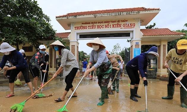 Miền Trung vừa khắc phục hậu quả mưa lũ, vừa chống bão Molave