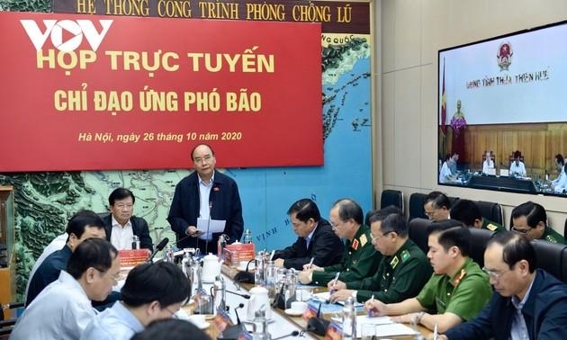 Thủ tướng Chính phủ yêu cầu: Trong bão lũ, cứu người là quan trọng nhất