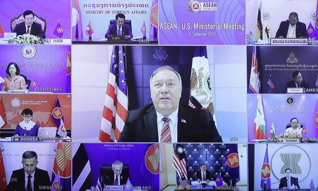 Giáo sư Mỹ nêu tầm quan trọng của quan hệ ASEAN - Mỹ