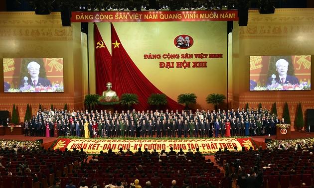 Thành công của Đại hội Đảng cộng sản Việt Nam  cổ vũ toàn Đảng, toàn dân bước vào giai đoạn phát triển mới