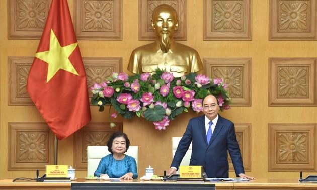 Thủ tướng Nguyễn Xuân Phúc: Quỹ Học bổng Vừ A Dính hoạt động hiệu quả vì sự nghiệp khuyến học