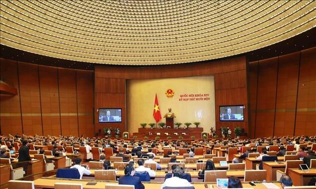 Quốc hội thảo luận báo cáo Tư pháp