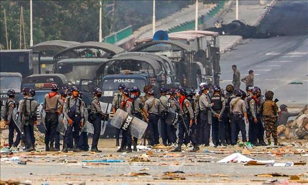 Việt Nam kêu gọi cộng đồng quốc tế giúp Myanmar ngăn chặn bạo lực, thúc đẩy đối thoại, hòa giải