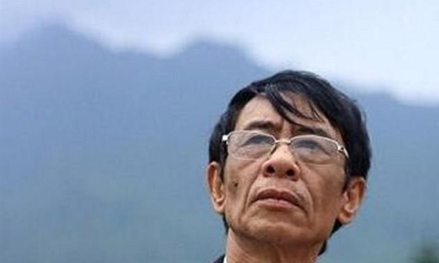 Nhà thơ Hoàng Nhuận Cầm: Không đủ nỗi buồn để sống