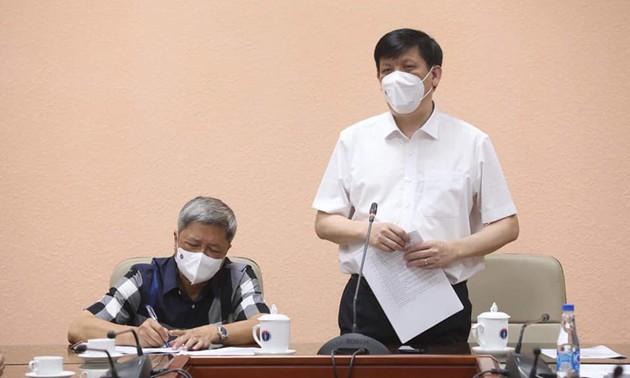 35 cán bộ, chuyên gia y tế Việt Nam sang hỗ trợ CHDCND Lào phòng chống dịch COVID-19