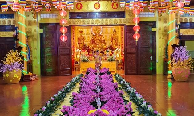 Chúc mừng đồng bào Phật giáo nhân Đại lễ Phật đản 2021