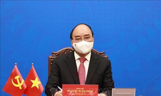 Chủ tịch nước Việt Nam Nguyễn Xuân Phúc điện đàm với Tổng Bí thư, Chủ tịch Trung Quốc Tập Cận Bình