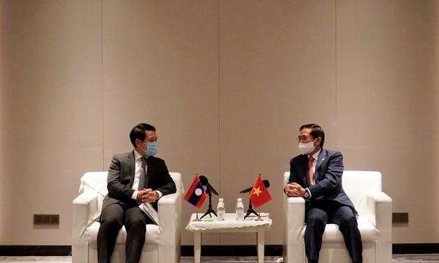 Đưa quan hệ hợp tác Việt Nam - Lào đi vào chiều sâu