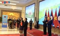 Vietnam dan Laos Menandatangani 3 Naskah Kerja Sama tentang Pendidikan dan Pelatihan