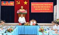 Gobierno vietnamita revisa desarrollo socioeconómico de Ca Mau
