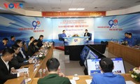 Vietnamese youth advance forward confidently