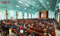 Protestants in Gia Lai province lead a religious life