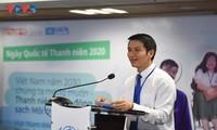 Jóvenes vietnamitas responden al Día Internacional de la Juventud