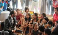 Sur le vif: Édouard Philippe au Lycée français de Hanoi