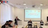 Forum d'affaires Vietnam-République tchèque