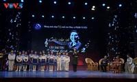 Austausch mit Komponist Pham Tuyen