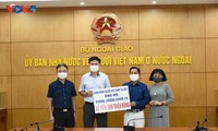 Vietnamese community in Czech Republic supports COVID-19 fight at home
