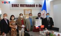 Người Việt Nam tại CH Czech và Ba Lan phát động ủng hộ đồng bào miền Trung