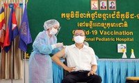 Campuchia tổ chức tiêm vaccine ngừa Covid-19 cho cán bộ ngoại giao đoàn và thân nhân