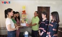 ผู้ที่นับถือศาสนคริสต์ในหมู่บ้าน เปล เมอ นู้ (Plei Mơ Nú) ใช้ชีวิตที่ดีทั้งทางโลกและทางธรรม