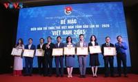 Abschluss des Forums der jungen intellektuellen Vietnamesen weltweit