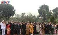 Đoàn kiều bào tiêu biểu thăm lăng Bác và khu di tích đền Đô, Bắc Ninh