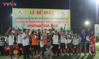 Bế mạc giải bóng đá giao hữu của người Việt Nam tại Lào