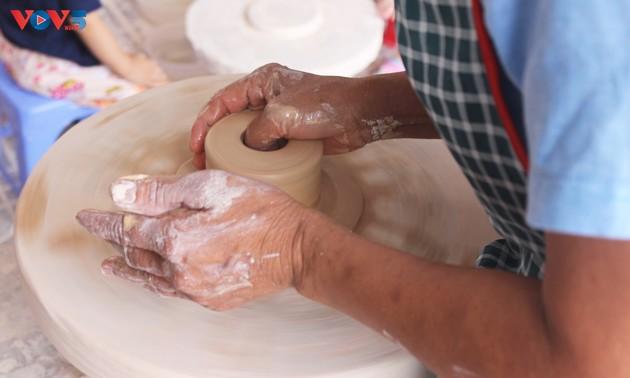 J'ai testé pour vous: faire ma propre poterie à Bat Tràng