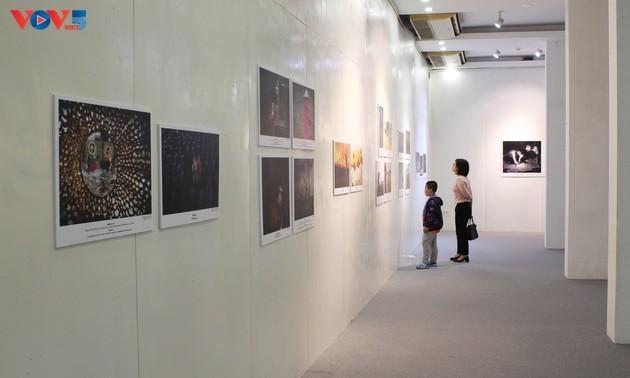 """Triển lãm ảnh """"UN75 – Tương lai tôi muốn"""" chuyển tải mong ước về tương lai"""