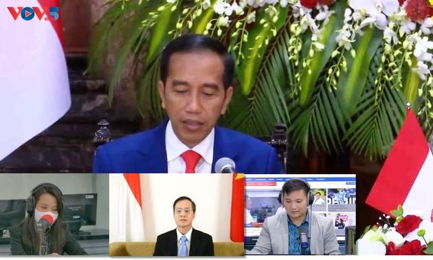 Đối thoại phát thanh Kỉ niệm 65 năm quan hệ ngoại giao Việt Nam - Indonesia