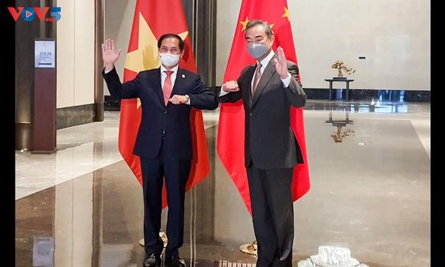 Thúc đẩy quan hệ Việt Nam - Trung Quốc tiếp tục phát triển lành mạnh, ổn định