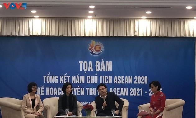 Встреча журналистов, посвященная подведению итогов года председательства  Вьетнама в АСЕАН 2020г и пропагандистскому плану АСЕАН на 2021-2025гг