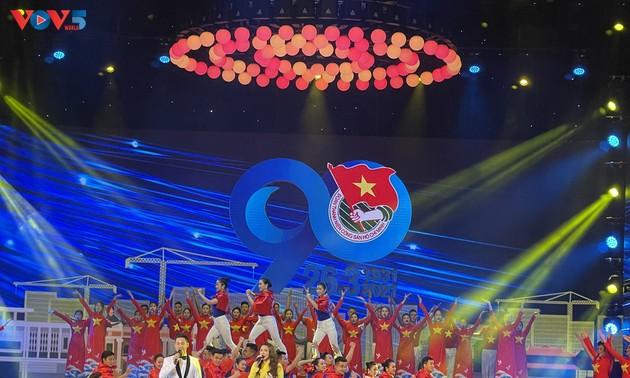 90e anniversaire de l'Union de la jeunesse communiste Hô Chi Minh à Hanoï