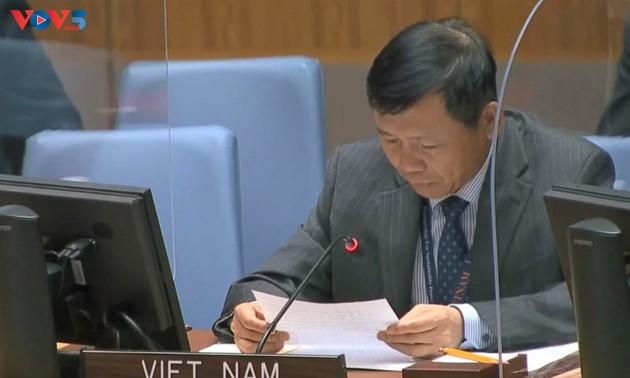 Le Vietnam appelle au désarmement nucléaire