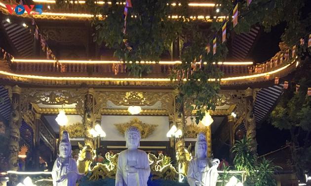Cộng đồng người Việt Nam ở nước ngoài đón Tết cổ truyền Tân Sửu 2021