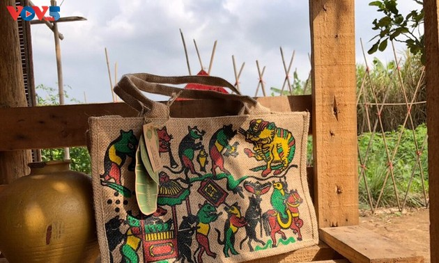 Unique handmade bags made from jute fabric