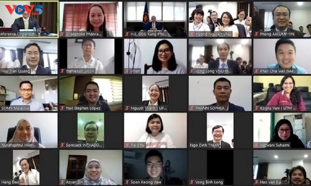 Hợp tác thanh niên để xây dựng cộng đồng ASEAN phát triển bền vững