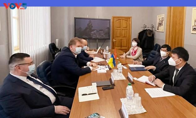 Đưa thương mại hai chiều Việt Nam - Ukraine lên mức 1 tỷ USD