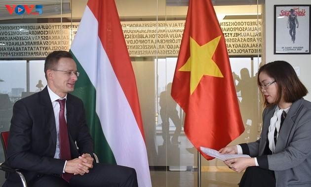 Vietnam - Hongrie : dynamiser les relations