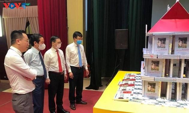 """""""Vào cõi Bác xưa"""" nhân 110 năm Chủ tịch Hồ Chí Minh ra đi tìm đường cứu nước từ Bến cảng Nhà Rồng"""