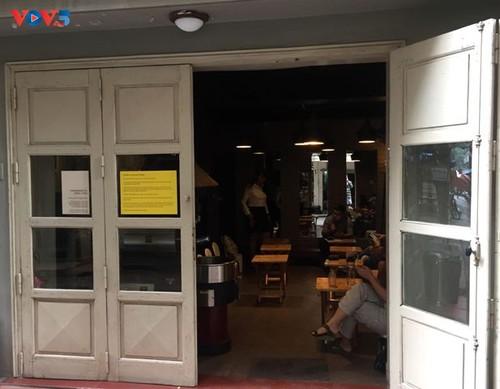 Una cafetería extraordinaria de Hanói   - ảnh 1