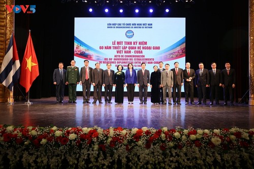 Mít tinh kỷ niệm 60 năm thiết lập quan hệ ngoại giao Việt Nam - Cuba - ảnh 1