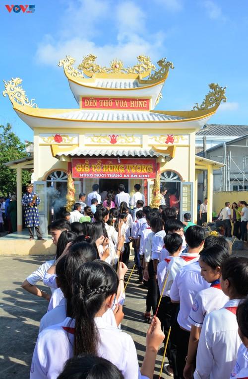 Lễ dâng hương tưởng niệm các Vua Hùng tại các địa phương trong cả nước - ảnh 11