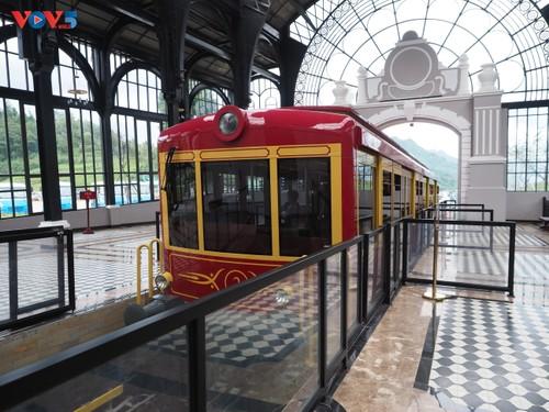 Ngắm trọn cảnh sắc Sa Pa từ tuyến tàu hỏa leo núi - ảnh 2