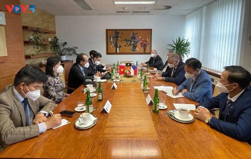 Thúc đẩy hợp tác kinh tế - thương mại – giáo dục giữa Việt Nam và Bắc Morava - ảnh 1