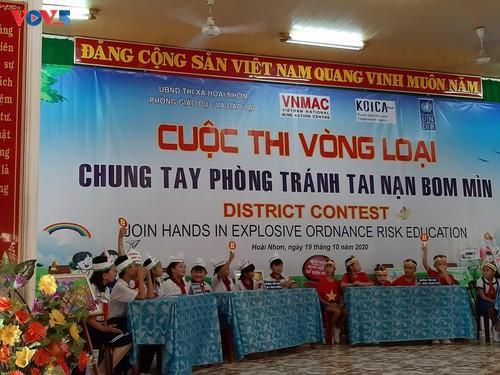Hiệu quả từ công tác tuyên truyền phòng, tránh tai nạn bom, mìn ở tỉnh Bình Định - ảnh 2